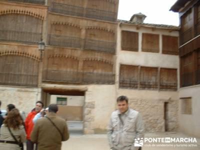 Ribera del Duero - Visita enológica a Peñafiel; clubes de montaña madrid; agencias de senderismo